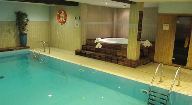 hotel himalaia pas de la casa andorra h tel himalaya pas de la case andorre ski grandvalira. Black Bedroom Furniture Sets. Home Design Ideas